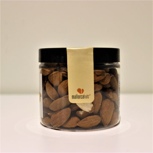 Unblanched raw almonds. 125g PET
